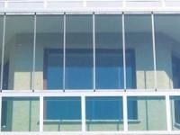 cam balkonlarda renk